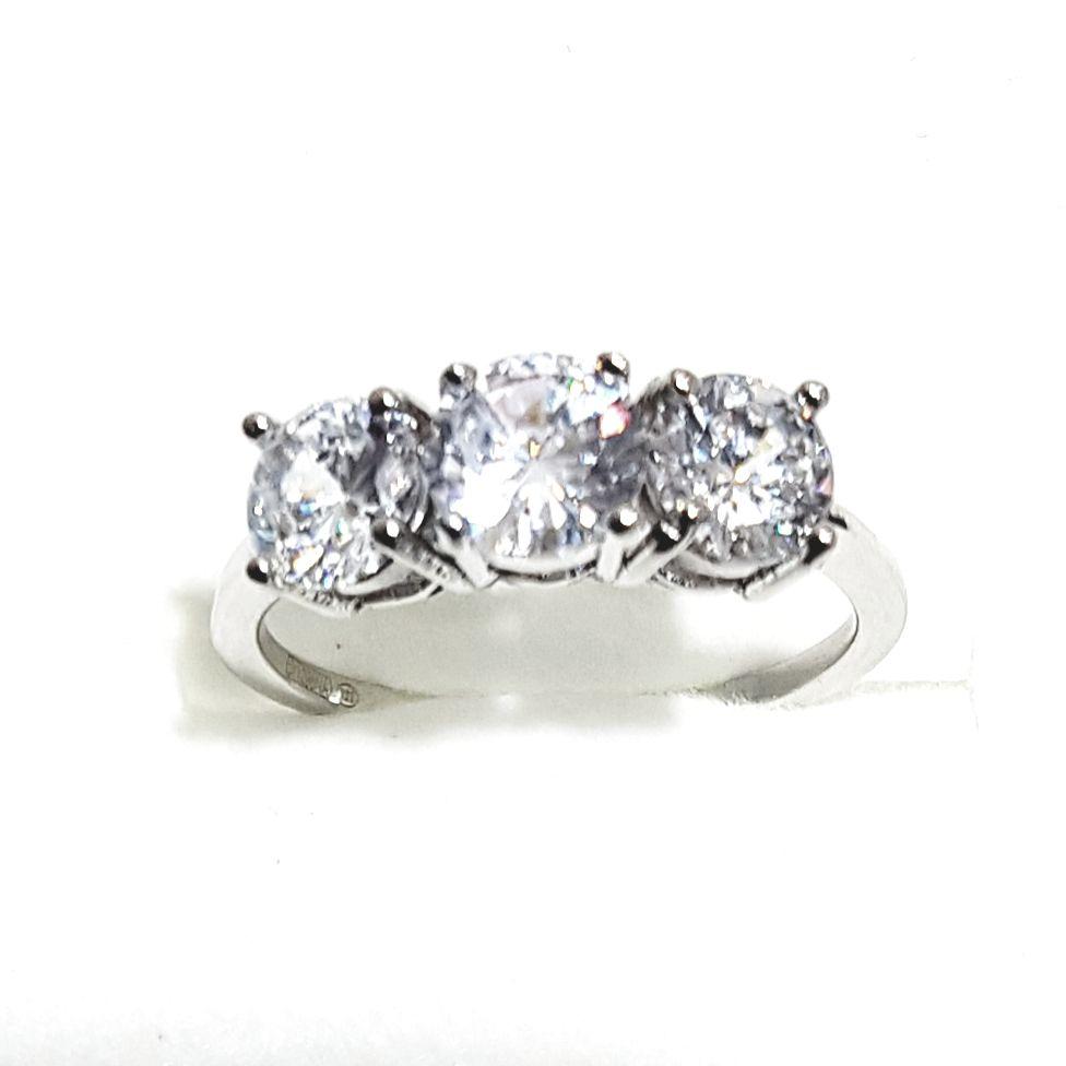 Köves gyűrű
